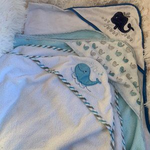 3 whale hooded towels